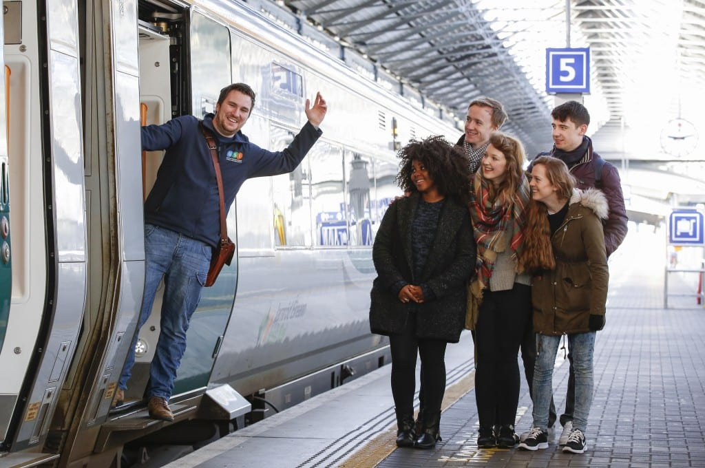 *** NO REPRODUCTION FEE *** DUBLIN : 23/2/2016 : Pictured a the Heuston Station was Kevin Donoghue, USI President calling DIT students to get on board the train to Galway to go home to VOTE ahed of the General Election this Friday. Pictured was Kevin Donoghue, USI President with DIT students Anders O'Donoghue, Shane Redmond, Jessie Brown, Denise O'Leary and Joanne Cuffe. Iarnród Éireann Partners with the Union of Students in Ireland and encourages Students to go Home to Vote Iarnród Éireann is partnering with the Union of Students in Ireland and encouraging students across the country to go home to vote in the General Election. At all times Iarnród Éireann offers student discounts on all routes of up to 54%. Taking the train home to vote in their local constituency is the fastest, most relaxing and most environmentally friendly way to travel. Iarnród Éireann and USI are urging students to #VoterMotor and have their voices, and their votes, heard in the general election. Iarnród Éireann offers huge discounts to students at all times with some routes having discounts of up to 54% - an adult open return ticket from Dublin to Galway is €51.40 and the student return is only €23. Picture Conor McCabe Photography. MEDIA CONTACT : Fiona O'Malley, Communications Executive, on 0874495695 or email Fiona.omalley@usi.ie